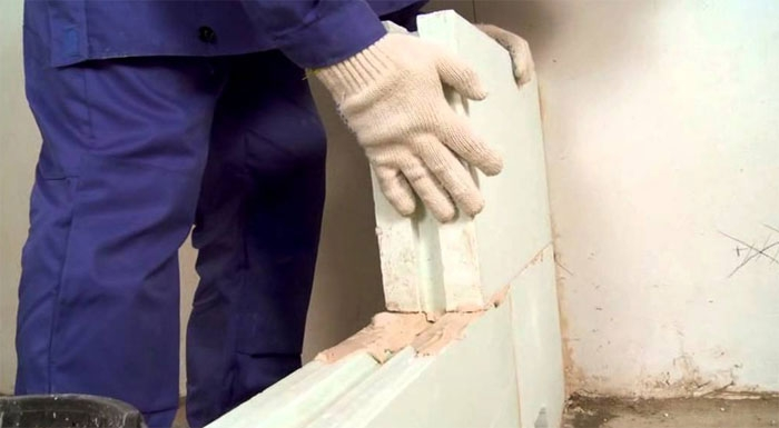 Запущено производство клея для кладки пазогребневых плит